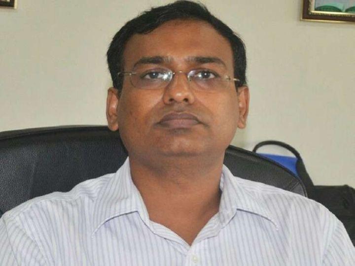 कमिश्नर दीपक अग्रवाल ने निर्माणाधीन परियोजनाओं को मानक के अनुरूप गुणवत्ता के साथ निर्धारित समयावधि में पूर्ण कराये जाने का निर्देश दिया। - Dainik Bhaskar