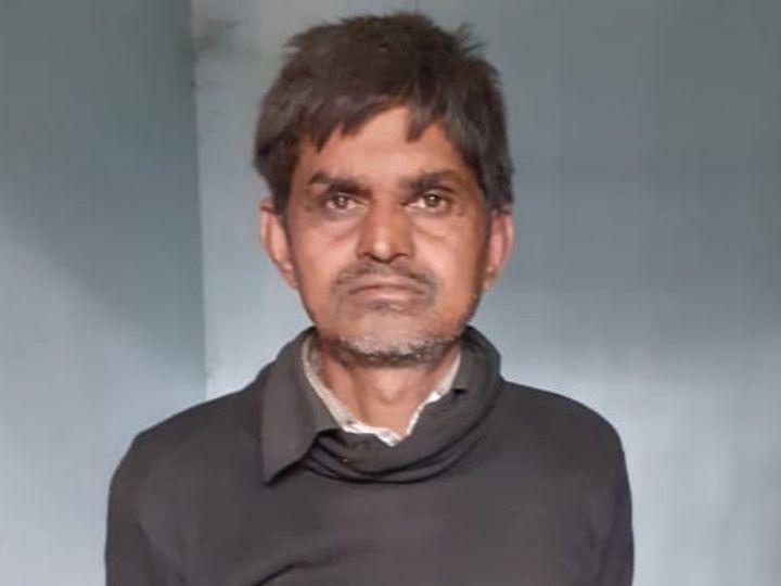 बच्ची से दुष्कर्म का आरोपित रघुनंदन पासवान। - Dainik Bhaskar
