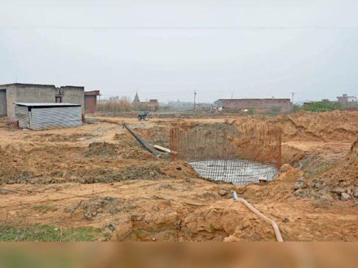 कन्हेली रोड स्थित डेयरी कॉम्प्लेक्स में बनाया जा रहा सीवरेज ट्रीटमेंट प्लांट। - Dainik Bhaskar
