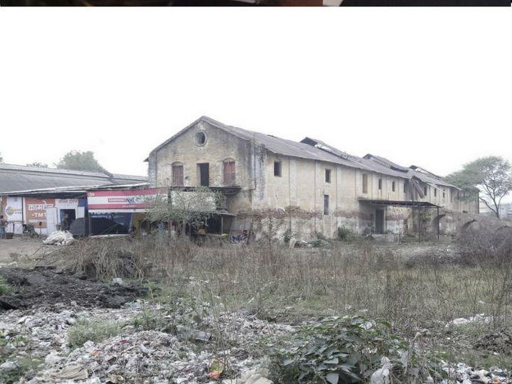 प्रशासन ने नरेश जिनिंग मिल की इसी भूमि पर लिया कब्जा - Dainik Bhaskar