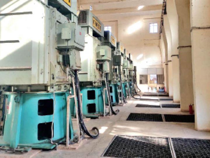 जलूद में सभी पंप अब पूरी क्षमता से काम कर रहे हैं। - Dainik Bhaskar