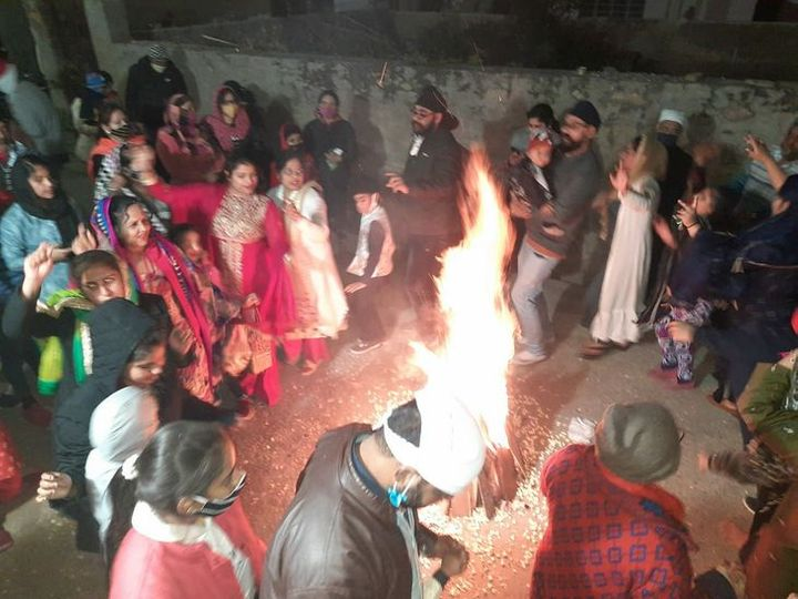 अजमेर में लोहड़ी पर्व  मनाया - Dainik Bhaskar