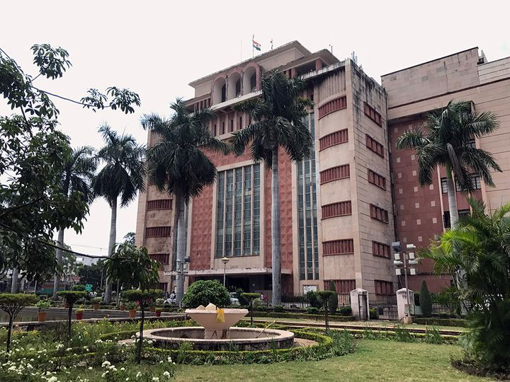सरकार ने मुरैना में वक्की कार्तिकेयन और सुनील पांडे को एसपी  बनाया है। मंत्रालय से देर शाम आदेश किए गए। - Dainik Bhaskar