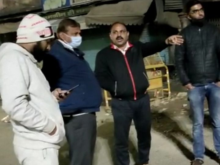 महापौर ने रात में श्रीपुरा इलाके का दौरा किया - Dainik Bhaskar