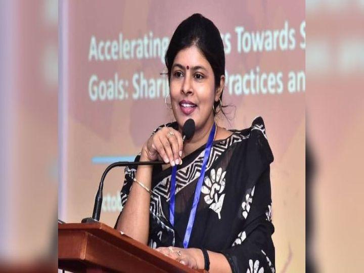 यूपी की महिला एवं बाल विकास मंत्री स्वाती सिंह ने कहा है कि विभाग में भ्रष्टाचार मुक्त काम पर फोकस किया जा रहा है। साथ ही आंगनबाड़ी कार्यकर्ताओं को भी आधुनिक तरीके से प्रशिक्षित किया जा रहा है। - Dainik Bhaskar