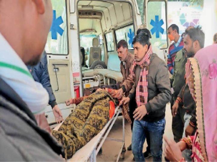 जवान भतीजे की मौत पर फेरा करने गई महिला, सदमे में तस्वीर के सामने ही दम तोड़ दिया - Dainik Bhaskar