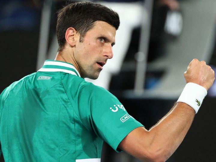 डिफेंडिंग चैंपियन नोवाक जोकोविच रिकॉर्ड 9वें ऑस्ट्रेलियन ओपन खिताब के लिए उतरे हैं। - Dainik Bhaskar