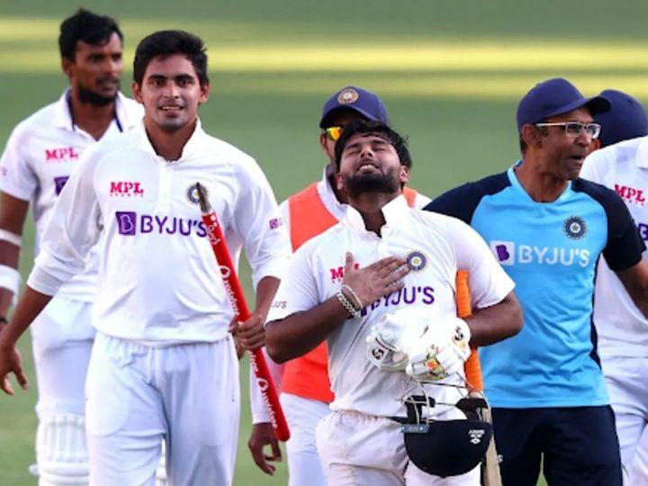 ब्रस्बेन टेस्ट में टीम इंडिया को जीत दिलाने के बाद ऋषभ पंत। - Dainik Bhaskar