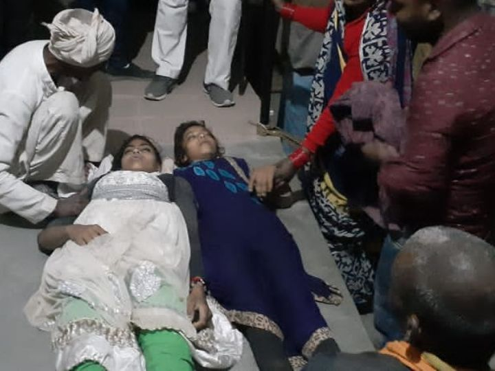 मृतक काजल और कोमल। - Dainik Bhaskar