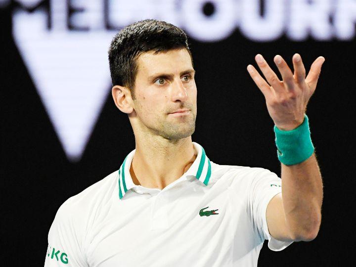 जोकोविच ने लगातार तीसरी बार ऑस्ट्रेलियन ओपन खिताब जीता। - Dainik Bhaskar
