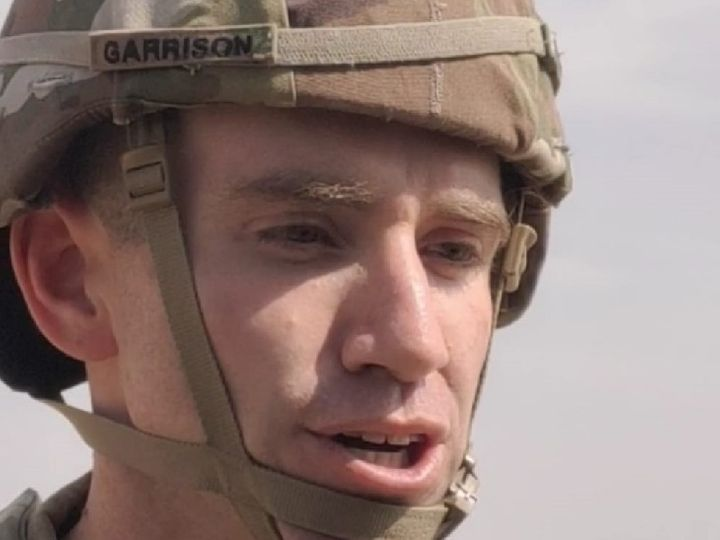 This photo is of American Major Sponsor Garrison.  Mahajan of Bikaner has been involved in the ongoing Indian-American maneuvers at the firing range.  - Dainik Bhaskar