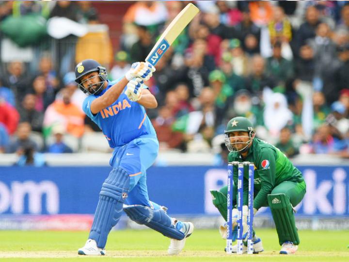 दोनों टीम ने आखिरी मैच 2019 वनडे वर्ल्ड कप में खेला था। तब मेनचेस्टर वनडे में भारत ने पाकिस्तान को 89 रन से हराया। रोहित शर्मा ने 140 रन की पारी खेली थी। - Dainik Bhaskar