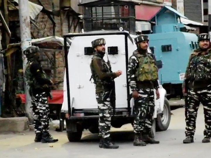पुलिस और सुरक्षा बलों की संयुक - Dainik Bhaskar