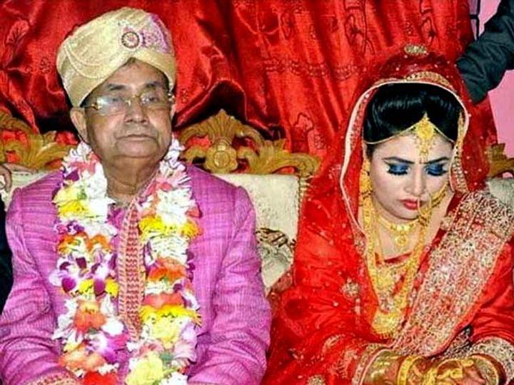 मुजिबुल हक पत्नी होनुफा अख्तर रिक्ताबरोबर. - Divya Marathi