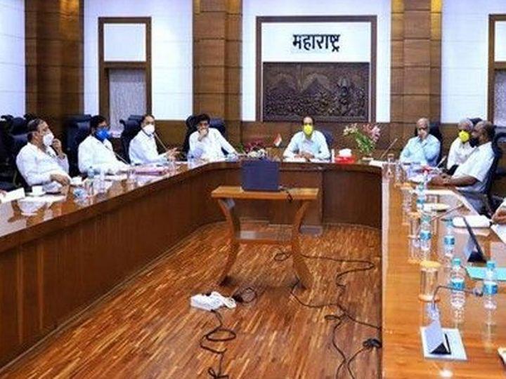 मुख्यमंत्री उद्धव ठाकरे यांच्या नेतृत्वाखाली मराठा समाजाचे प्रतिनिधी, वकील, अभ्यासकांची बैठक पार पडली. - Divya Marathi