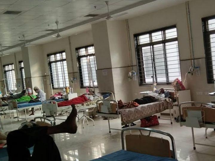 આ તસવીર છે હિંમતનગર સિવિલની જે કોરોના દર્દીઓથી હાઉસફૂલ છે - Divya Bhaskar