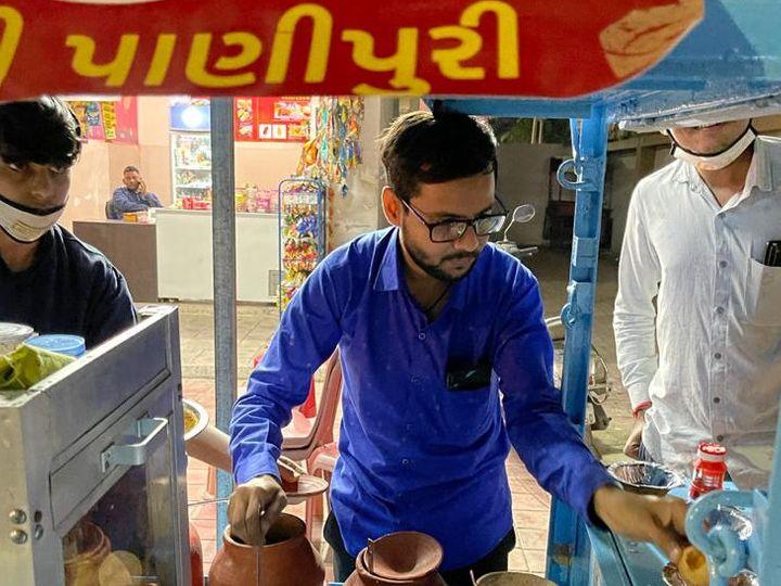 પાણીપૂરીનો બિઝનેસ કરતા એક શિક્ષક. - Divya Bhaskar