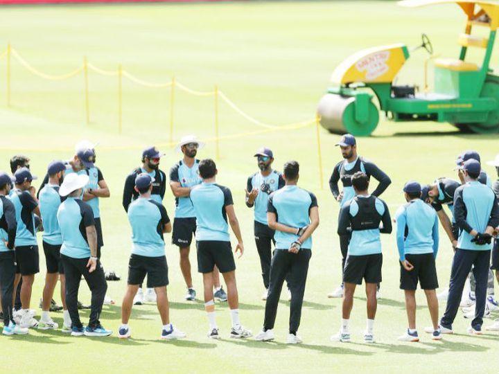 મંગળવારે પ્રેક્ટિસ સેશન દરમિયાન ટીમ ઇન્ડિયાના ખેલાડીઓ. આ દરમિયાન રોહિત, પંત, શુભમન અને શો પણ પ્રેક્ટિસ કરતાં દેખાયા હતા. - Divya Bhaskar