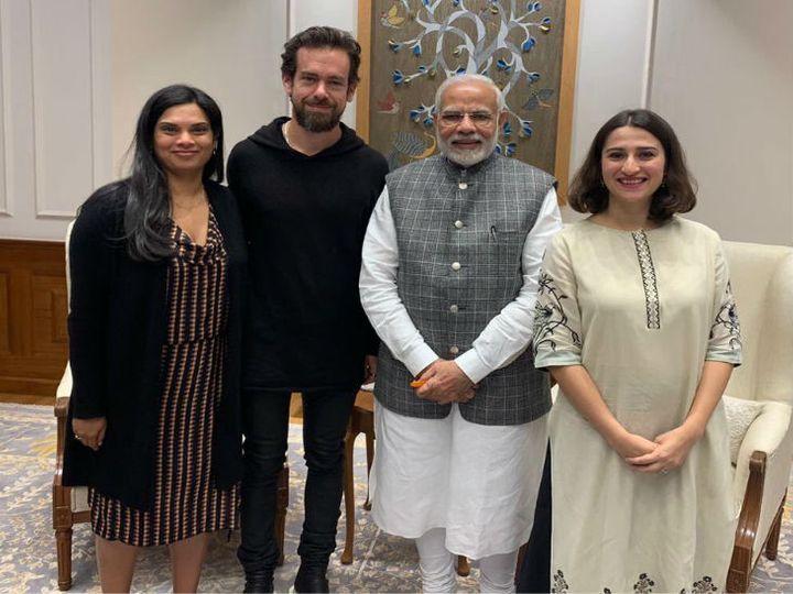 નવેમ્બર 2018માં ટ્વિટરના એક ડેલીગેશને PM નરેન્દ્ર મોદી સાથે મુલાકાત કરી હતી. તેમાં વિજયા પણ સામેલ હતી(ફાઈલ તસીવર) - Divya Bhaskar