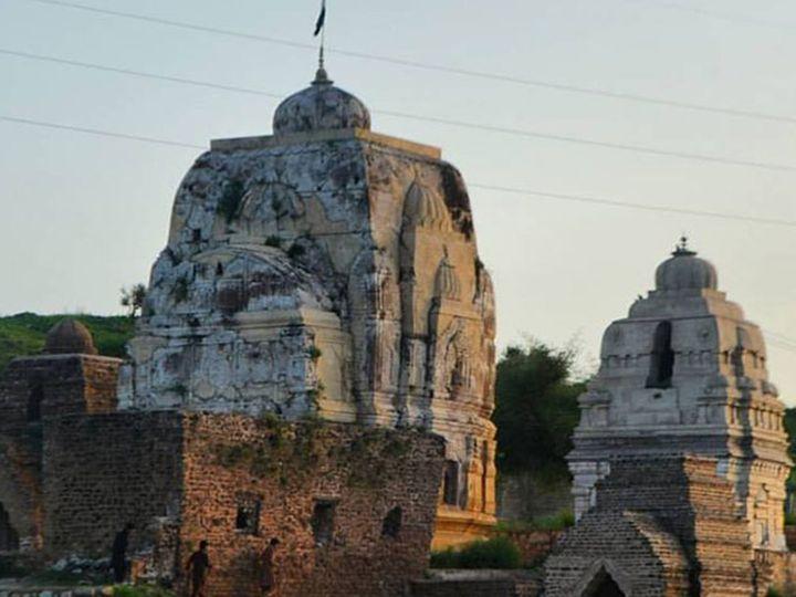 પાકિસ્તાનના ચકવાલમાં આવેલું કટાસ રાજ મંદિર. - Divya Bhaskar