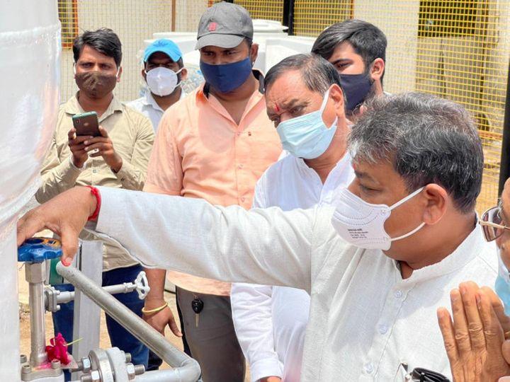 બરોડા ડેરી દ્વારા છોટાઉદેપુર સિવિલ હોસ્પિટલમાં મેડિકલ ઓક્સિજન પ્લાન્ટ શરૂ કર્યો - Divya Bhaskar