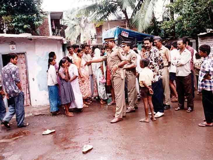 हत्या के बाद मौके पर पहुंची पुलिस