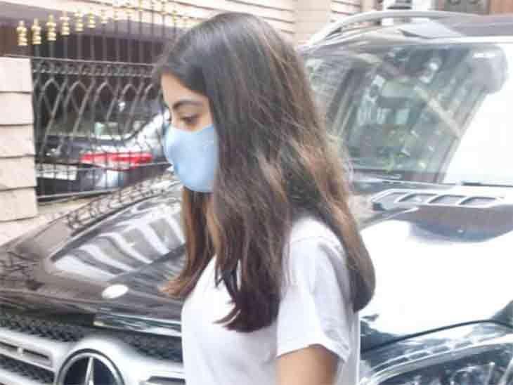 अमिताभ बच्चन की पोती नव्या नंदा