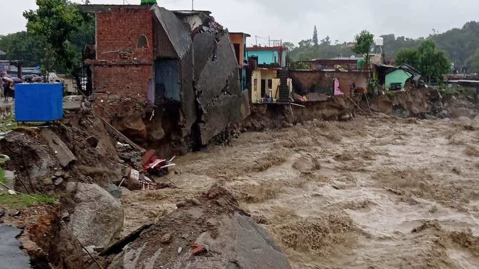 धर्मशाला में बाढ़