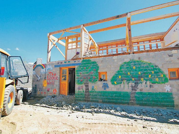थ्री इडियट्स के रैंचो स्कूल का सुसू पॉइंट इतना फेमस हुआ कि गिरानी पड़ी दीवार शिमला,Shimla - Dainik Bhaskar