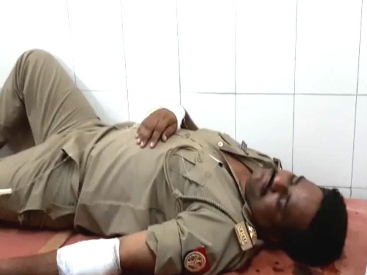 बैंक लूट के इरादे से आए सीतापुर के दो बदमाशों ने पुलिस ने मार गिराया|लखनऊ,Lucknow - Dainik Bhaskar