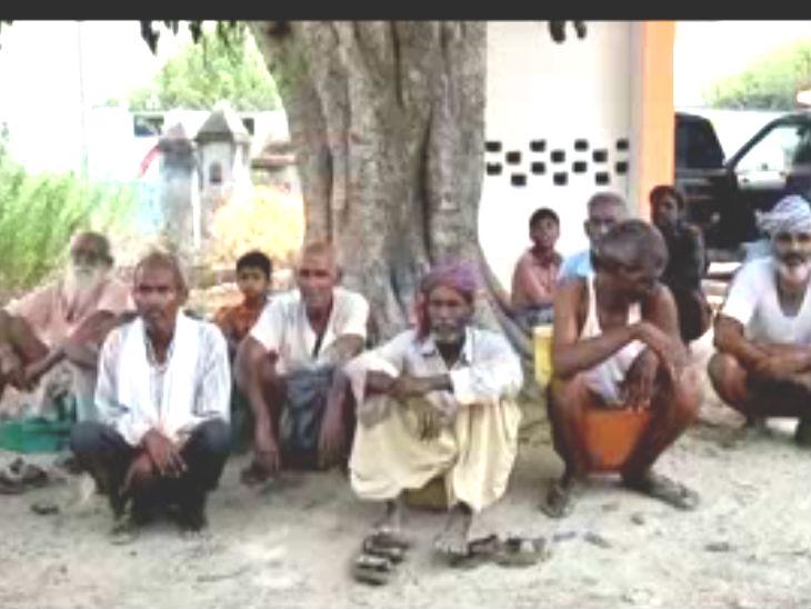 डाकुओं के अभिशाप का शिकार है यह गांव, डर की वजह से 60 फीसदी बुजुर्गों की नहीं हुई शादी|कानपुर,Kanpur - Dainik Bhaskar