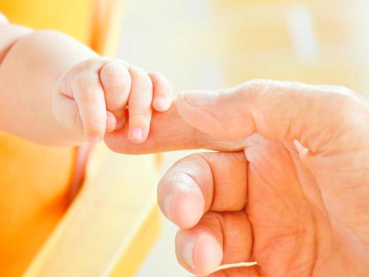 आईवीएफ ट्रीटमेंट में बदल गए भ्रूण, महिला ने दूसरे दंपति के जुड़वा बच्चों को दिया जन्म, मामला कोर्ट पहुंचा| - Dainik Bhaskar