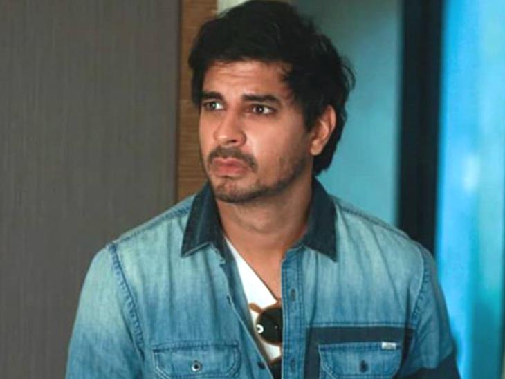 \'छिछोरे\' में चेन स्मोकर के किरदार में जान डालने ताहिर भसीन ने फूंकी 200 पैकेट ग्रीन-टी सिगरेट|बॉलीवुड,Bollywood - Dainik Bhaskar