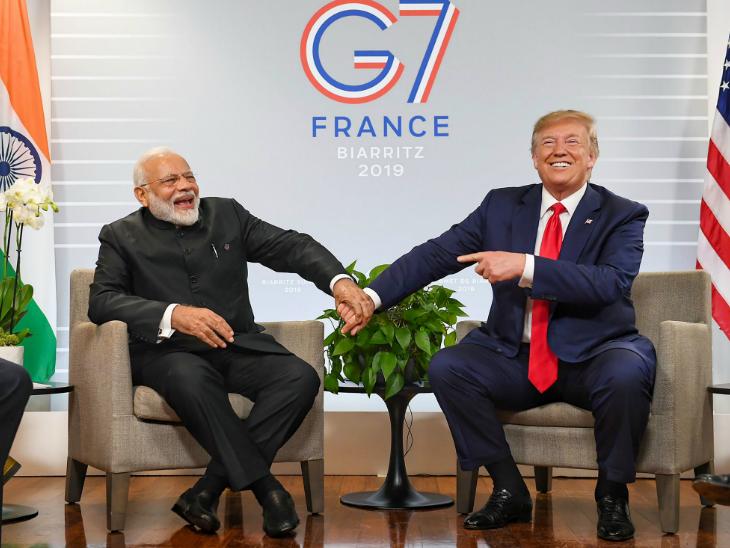 फ्रांस में अगस्त में जी-7 समिट में अमेरिकी राष्ट्रपति ट्रम्प और प्रधानमंत्री नरेंद्र मोदी। -फाइल - Dainik Bhaskar