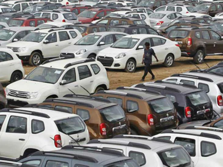 यात्री वाहनों की रिटेल बिक्री अक्टूबर में 11% बढ़कर 2 लाख 48 हजार 36 यूनिट रही देश,National - Dainik Bhaskar