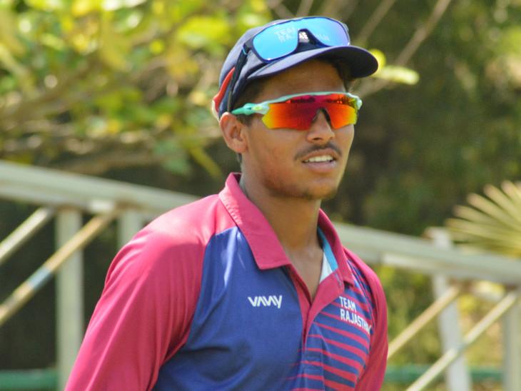 क्रिकेटर आकाश से राहुल द्रविड़ ने कहा था- प्रैक्टिस करते रहो; अब अंडर-19 वर्ल्ड कप टीम में हुआ चयन जयपुर,Jaipur - Dainik Bhaskar