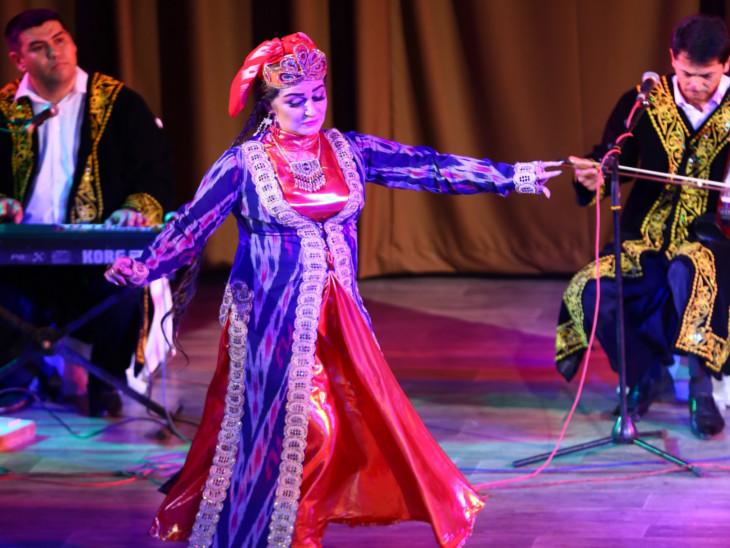 ओंगु नृत्य के माध्यम से देशभक्ति और प्रेम को दर्शाया गया।