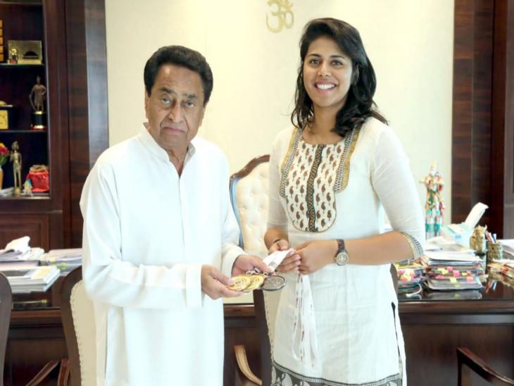 मप्र के मुख्यमंत्री कमलनाथ से मिलने मंत्रालय पहुंचीं निशानेबाज वर्षा वर्मन। - Dainik Bhaskar