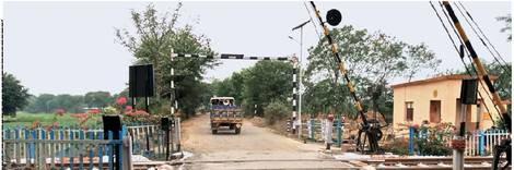 रेललाइन के लिए राजस्व ने रकबा निकालकर रेलवे को सौंपी फाइल|देश,National - Dainik Bhaskar