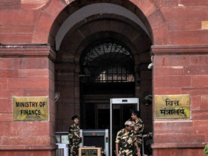 सरकार ने भारतीयों के स्विस बैंक खातों की जानकारी देने से मना किया, गोपनीयता के प्रावधान का हवाला दिया|बिजनेस,Business - Dainik Bhaskar