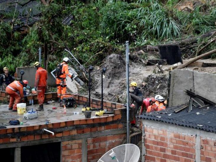 बाढ़ और भूस्खलन से 30 की मौत; 3500 से ज्यादा लोगों को सुरक्षित स्थान पर पहुंचाया|विदेश,International - Dainik Bhaskar
