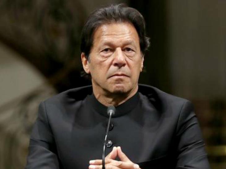इमरान खान पाकिस्तान को ग्रे लिस्ट से बाहर लाने की पूरी कोशिश कर रहे हैं। -फाइल - Dainik Bhaskar