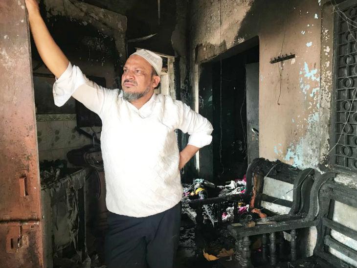 भूरे खान, जिनकी फलों की दुकान में आगजनी हुई।