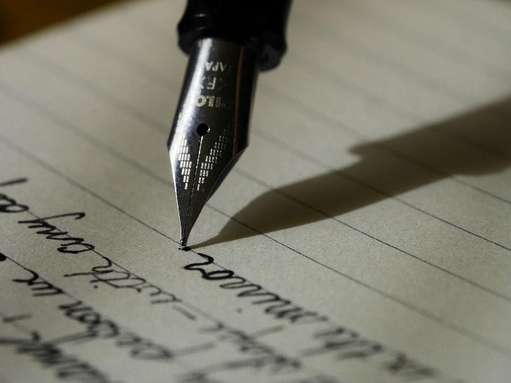 जॉब में मदद करेगा लिखने का हुनर, क्रिएटिव राइटर्स के लिए हैं करियर के बेहतरीन ऑप्शन|करिअर,Career - Dainik Bhaskar