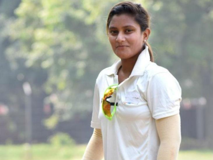 दाएं हाथ की विकेटकीपर बल्लेबाज तान्या भाटिया ने 2018 में अपना टी20 और एकदिवसीय डेब्यू किया है। - Dainik Bhaskar