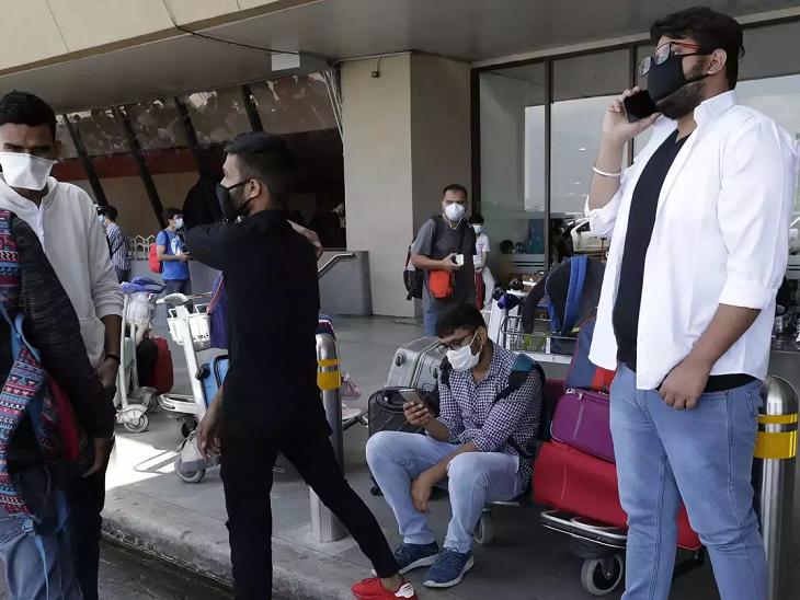 कोराना के कारण सैकड़ों भारतीय छात्र फंसे, भारतवंशी अमेरिकी होटल मालिकों ने मुफ्त ठहरने और खाने-पीने की व्यवस्था की|विदेश,International - Dainik Bhaskar