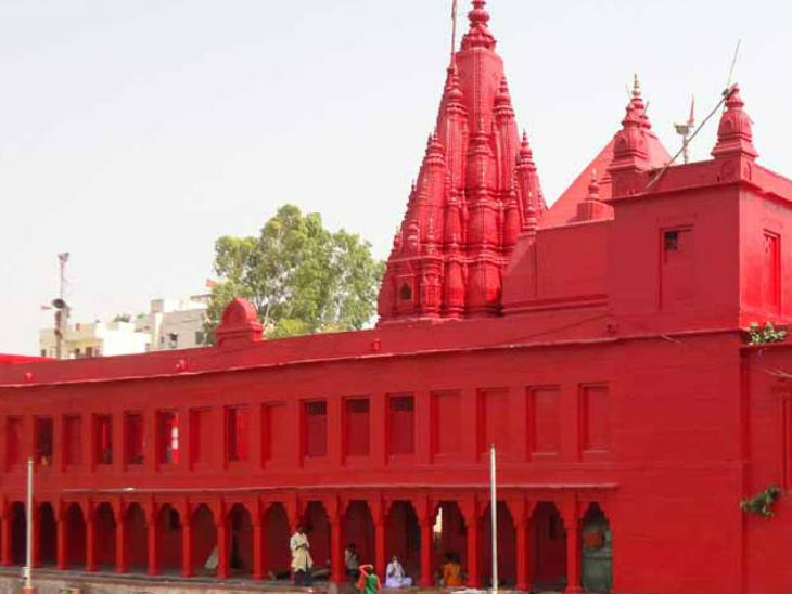 वाराणसी में है देवी कुष्मांडा का मंदिर, इनके दर्शन करने से मिलती है शत्रुओं पर जीत|धर्म,Dharm - Dainik Bhaskar