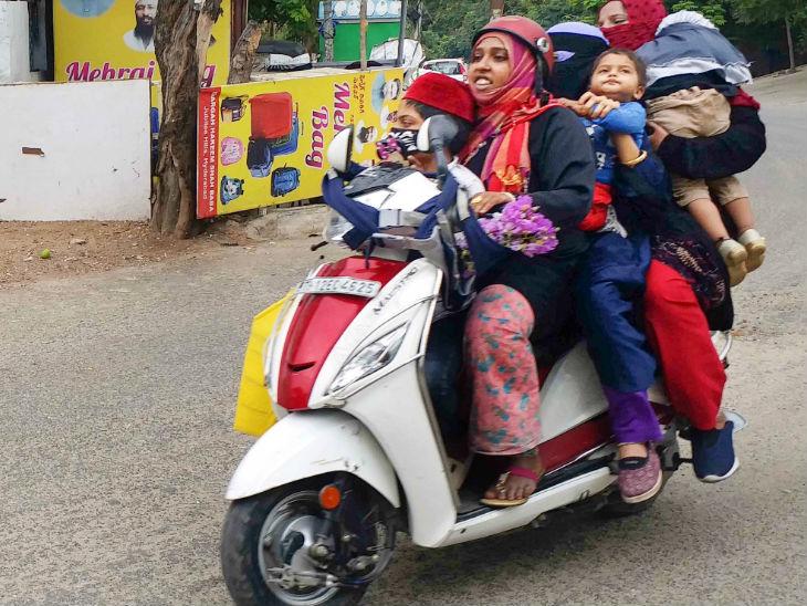 हैदराबाद में ये मोहतरमा लॉकडाउन की परवाह किए बगैर स्कूटर पर परिवार के 6 लोगों को बैठाकर सड़क पर निकल पड़ीं।