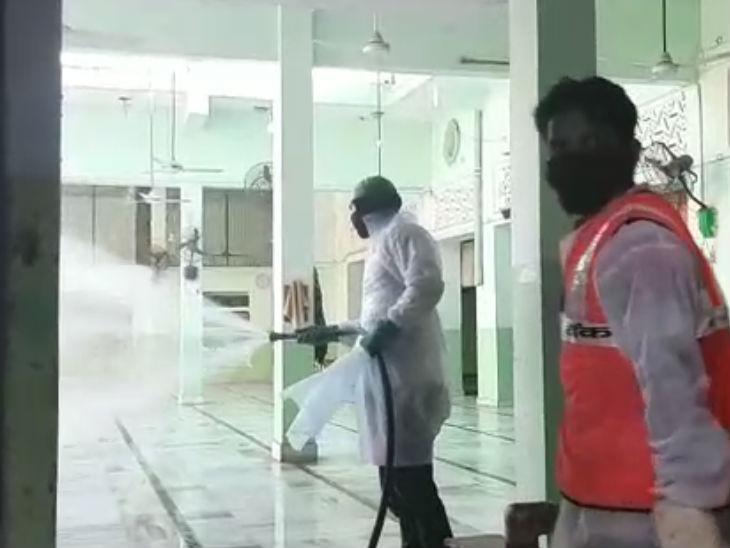 नोएडा प्रशासन ने बढ़ाई सख्ती, 30 अप्रैल तक धारा 144 लागू; संक्रमित मरीजों की संख्या 58 पहुंची|मेरठ,Meerut - Dainik Bhaskar
