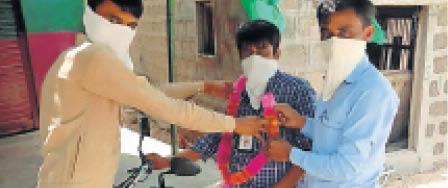 कोरोना के लॉकडाउन में फेक न्यूज बड़ा मुद्दा; सिर्फ अखबार की खबरें ही प्रमाणिक बाड़मेर,Barmer - Dainik Bhaskar